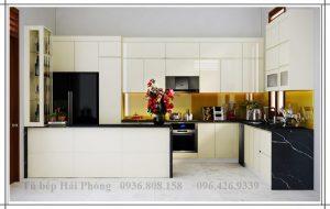 Tủ bếp nhựa bàn đảo Hải Phòng cô Hương
